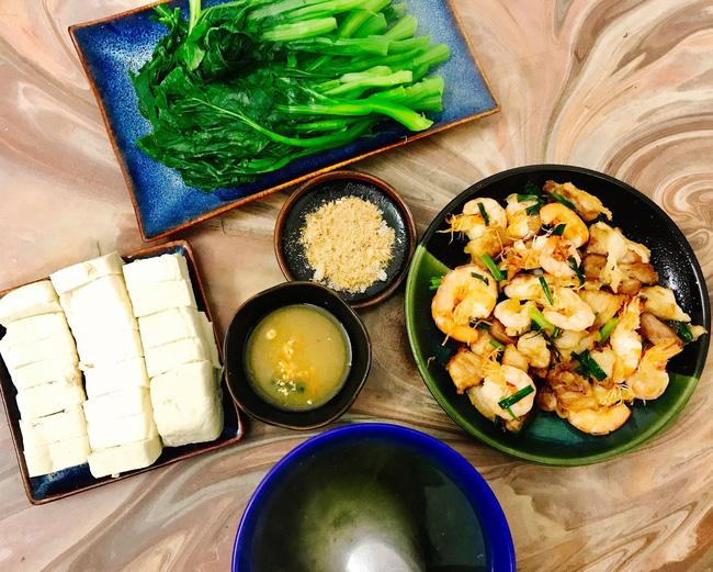 Cô vợ Hà Nội khoe loạt mâm cơm 2 người, mỗi ngày nấu đúng một bữa nhưng tốn không dưới 200 nghìn - Hình 9