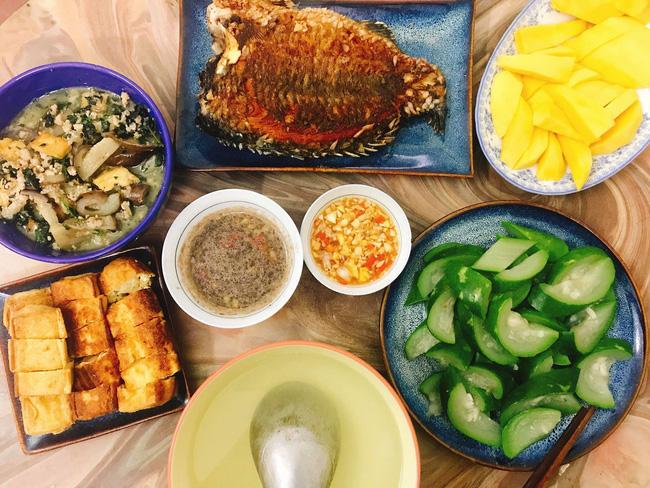 Cô vợ Hà Nội khoe loạt mâm cơm 2 người, mỗi ngày nấu đúng một bữa nhưng tốn không dưới 200 nghìn - Hình 8