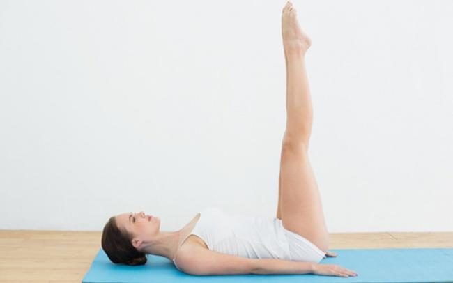 5 bài tập yoga đơn giản giúp bạn nhanh chóng sở hữu vóc dáng thon gọn, hoàn hảo để đón năm mới - Làm đẹp