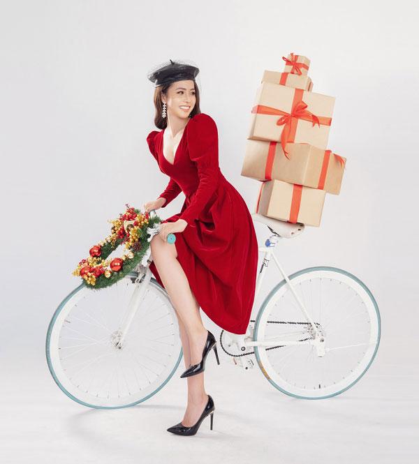 Hoa hậu Biển Việt Nam toàn cầu 2018 Kim Ngọc quyến rũ trong bộ ảnh Giáng sinh - Hình 5