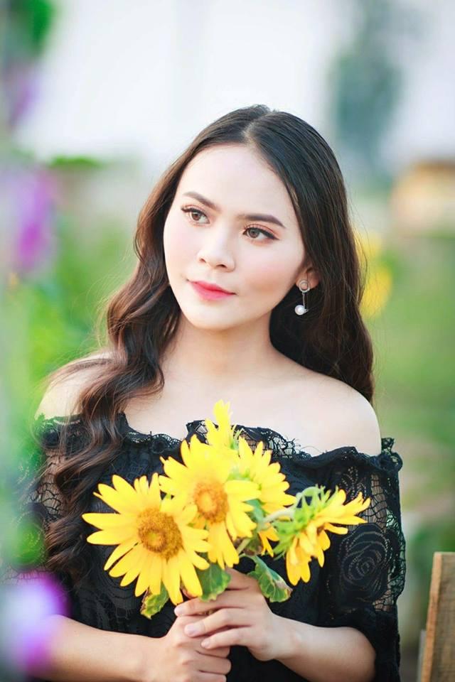 Nữ sinh Hutech bị nhầm là bông hồng lai Thái Lan vì nét đẹp đặc biệt thu hút - Hình 2