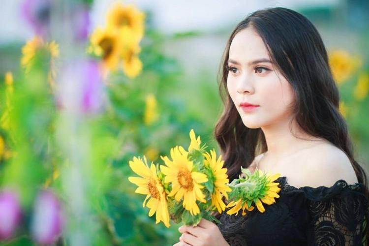 Nữ sinh Hutech bị nhầm là bông hồng lai Thái Lan vì nét đẹp đặc biệt thu hút - Hình 5