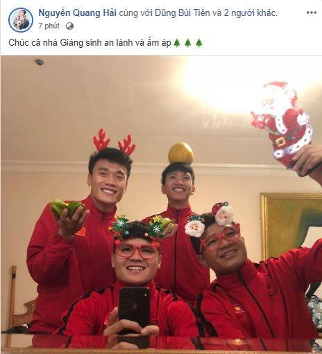Quang Hải, Bùi Tiến Dũng, Văn Toàn nhí nhố trong đêm Noel - Hình 1