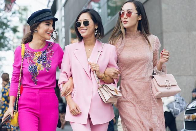 5 nguyên tắc trang phục cho phụ nữ ngoài 30 - Hình 9