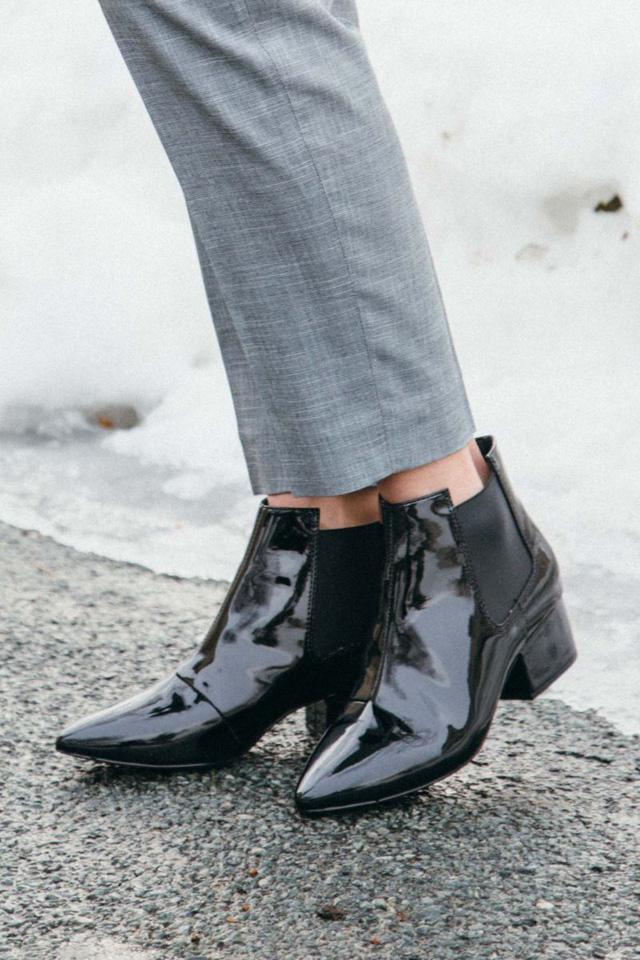 Chọn ankle boots phù hợp với từng dịp quan trọng - Hình 5