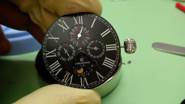 Chronoswiss: vẻ đẹp của những chiếc đồng hồ cơ - Hình 10
