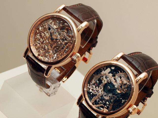 Chronoswiss: vẻ đẹp của những chiếc đồng hồ cơ - Hình 11