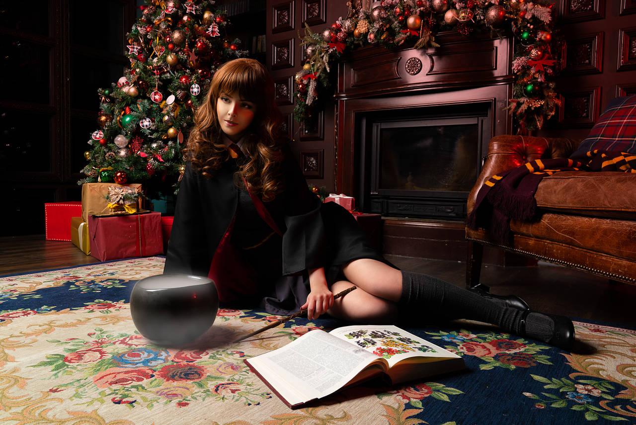 Hermione nữ sinh của Học viện Pháp thuật - Hình 1