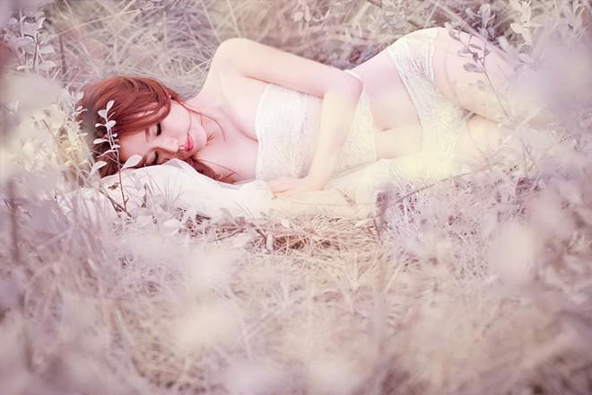 Hotgirl, người mẫu ảnh 9x siêu gợi cảm và quyến rũ - Hình 4