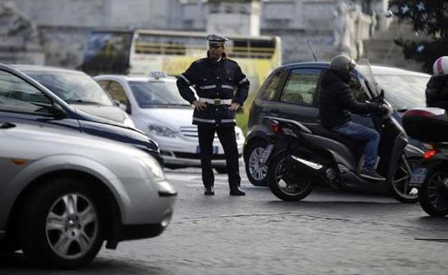Italy áp thuế mới lên xe chạy xăng và dầu diesel có phát thải cao - Hình 1