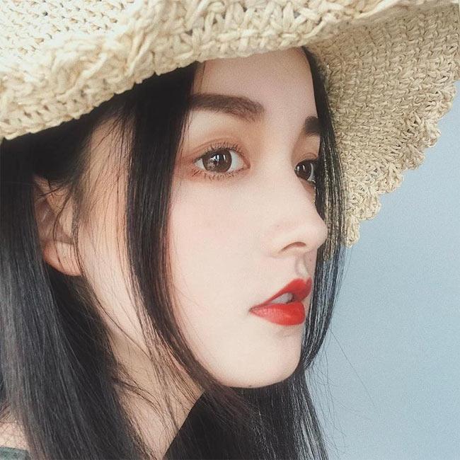 Những cô gái châu Á có góc nghiêng thần thánh đẹp nín thở - Hình 5