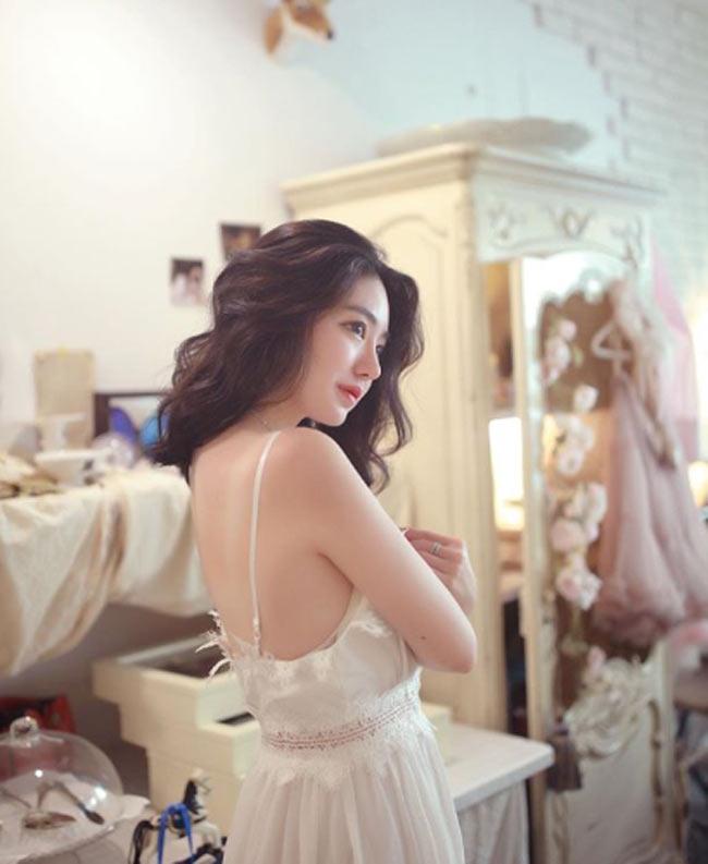 Những cô gái châu Á có góc nghiêng thần thánh đẹp nín thở - Hình 3