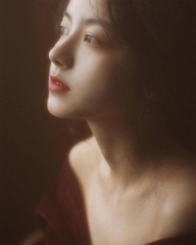 Những cô gái châu Á có góc nghiêng thần thánh đẹp nín thở - Hình 8