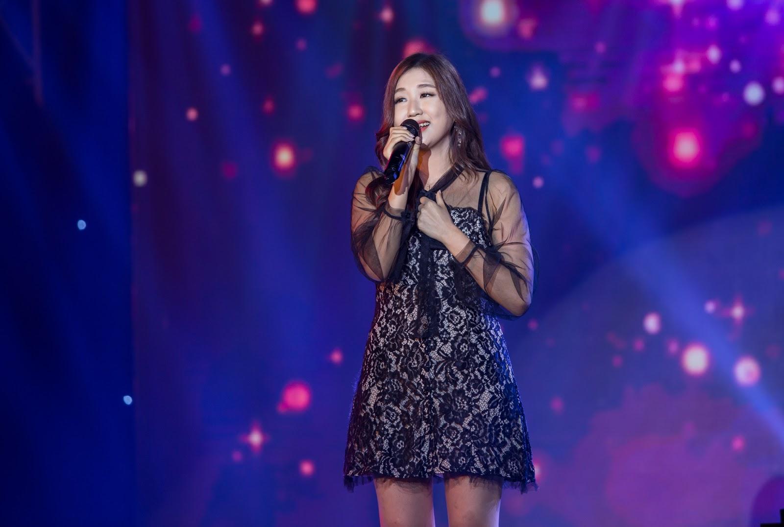 Sĩ Thanh, Tino, Hoàng Yến Chibi, JinJu mang những bản hit góp mặt trong liveshow đầu tiên của Zero9 - Hình 6