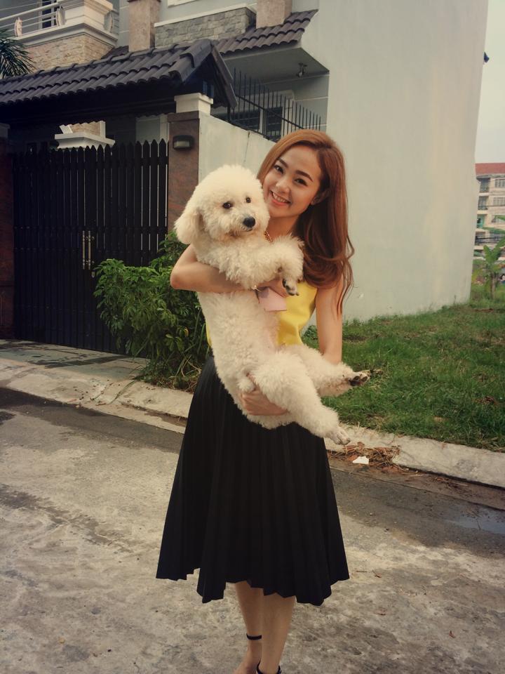 Sướng như cún cưng của Minh Hằng: Được ôm ấp, ngủ chung lại còn đi khắp thế gian cùng cô chủ - Hình 8