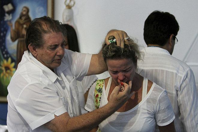 Thầy thuốc nổi tiếng Brazil bị 200 nữ bệnh nhân tố xâm hại tình dục - Hình 2