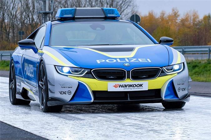 Chi tiết siêu xe BMW i8 Roadster khủng của cảnh sát Đức - Hình 10