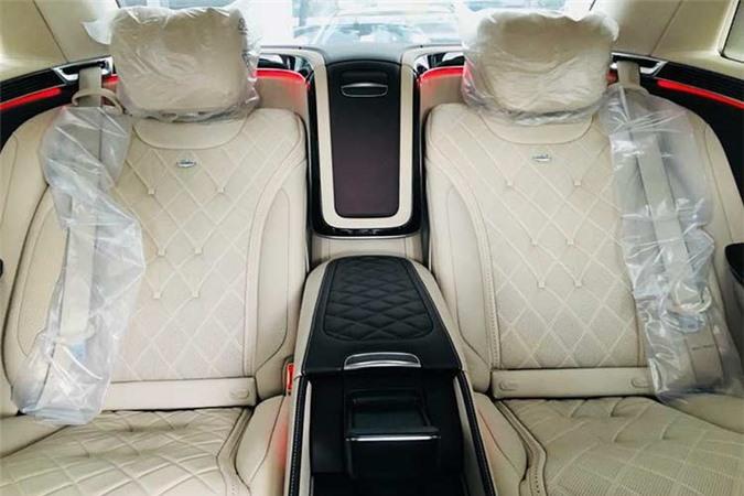 Em trai Ngọc Trinh sở hữu Mercedes-Maybach S560 hơn 11 tỷ - Hình 6