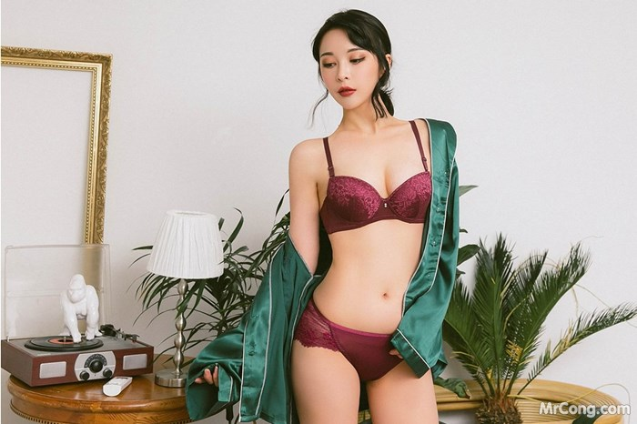 Người đẹp Ryu Hyeonju trong bộ ảnh mặc bra với thân hình quyến rũ,đường cong hoàn hảo - Hình 17