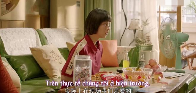 Dương Tịch của 'Sống không dũng cảm uổng phí thanh xuân: Hình mẫu nữ chính ngốc nghếch đáng yêu trong các phim thanh xuân vườn trường - Hình 7