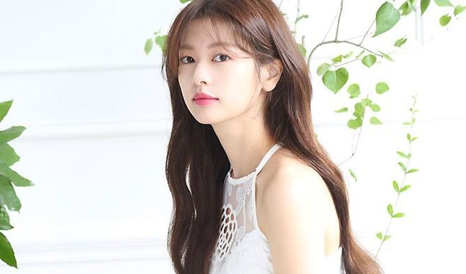 Ánh Cười Chẳng Còn Vương Mắt Em vừa kết thúc, Jung So Min đã chuẩn bị nên duyên cùng Junho (2PM)? - Hình 2