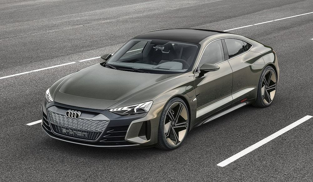 Xe điện Audi E-Tron GT sẽ xuất hiện trong bom tấn Avengers 4 - Hình 1