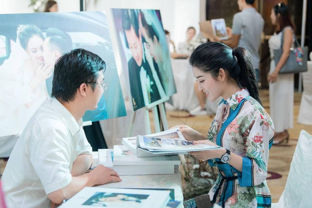 Các 'cặp đôi vàng' showbiz Việt đã lần lượt về chung 1 nhà, những mỹ nhân này cũng 'rục rịch' chuẩn bị lên xe hoa? - Hình 6