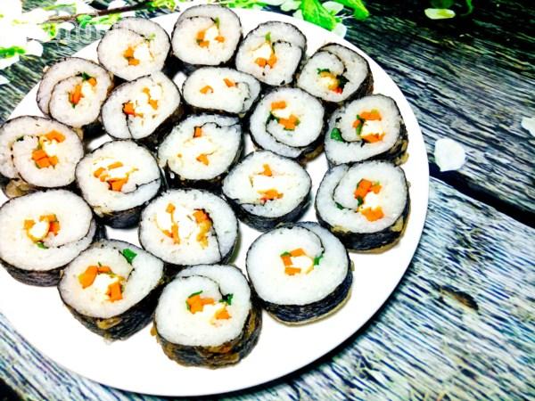 Cách làm sushi chay thanh tịnh cho ngày đầu tháng - Hình 11