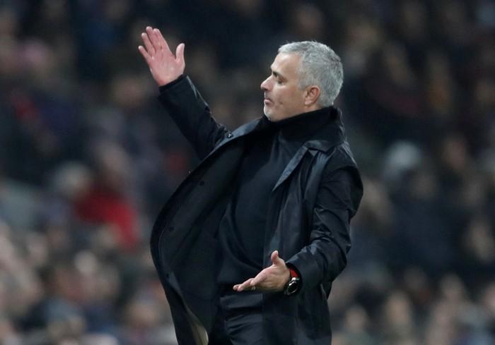 HLV Mourinho chuyển lời đến Pogba: Sẽ chẳng có chỗ cho những ai không thi đấu hết mình - Hình 2