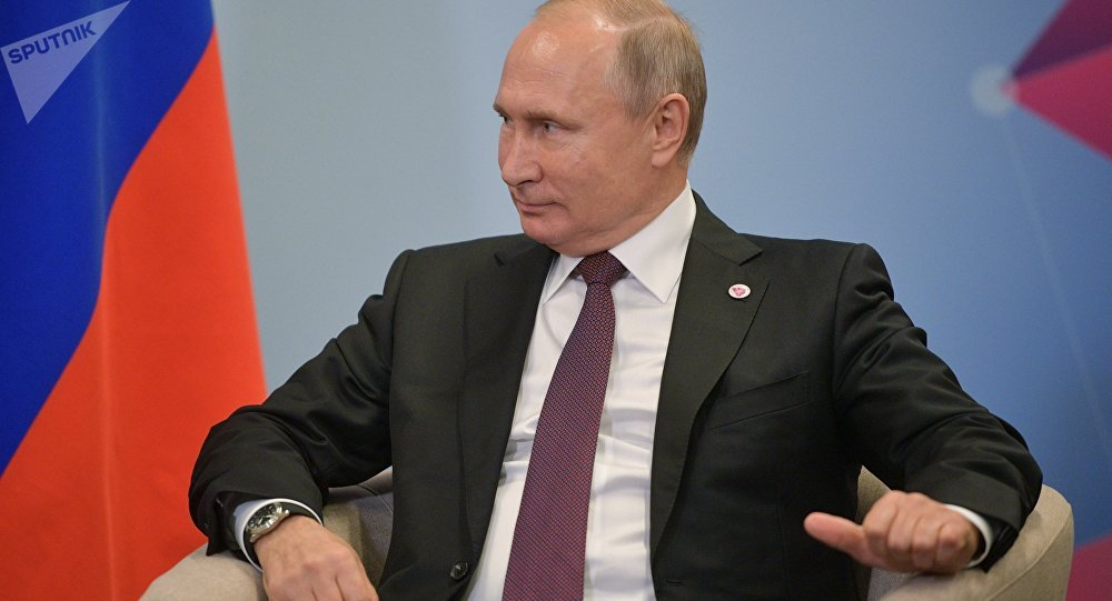 Putin nói về lý do dửng dưng trước yêu cầu đối thoại của Poroshenko - Hình 1