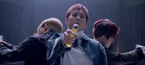 6 plot twist thú vị được tiết lộ trong teaser music video mới của EXO mà bạn có thể đã bỏ qua - Hình 2
