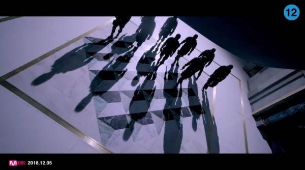 6 plot twist thú vị được tiết lộ trong teaser music video mới của EXO mà bạn có thể đã bỏ qua - Hình 1