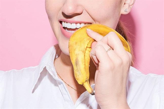 Răng trắng, cười xinh rạng ngời chơi Tết vô cùng đơn giản với những thứ rẻ như cho