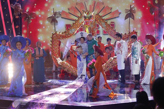 Trưởng nhóm X-Pro - Hữu Tín giành ngôi Quán quân Người nghệ sĩ đa tài mùa 2