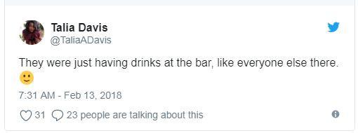 Loạt fan bấn loạn vì bỗng bắt gặp Kristen Stewart và Robert Pattinson bên nhau tại bar