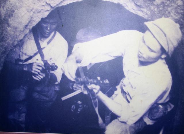 Đón Xuân mới, nghĩ về Tết xưa dưới làng hầm địa đạo Vịnh Mốc - Hình 1