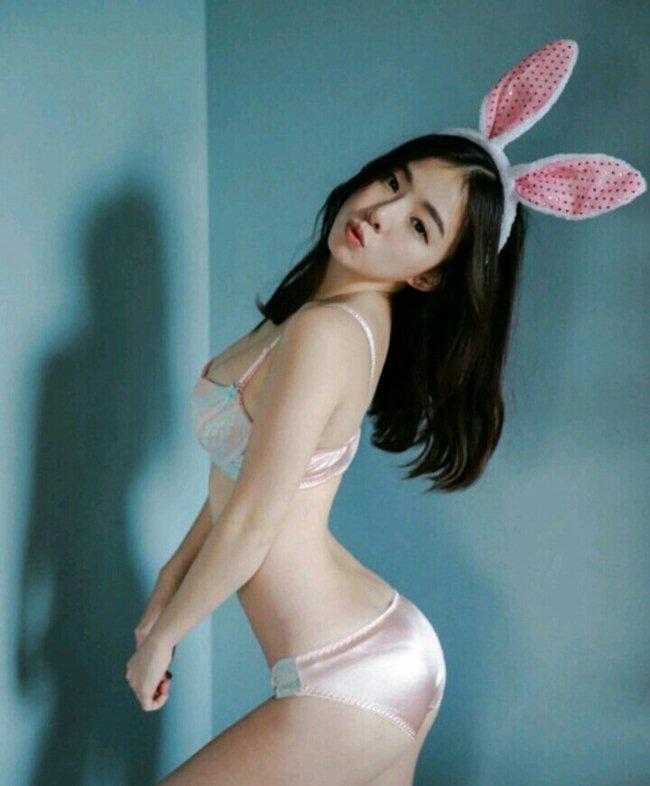 Bí quyết khiến cô gái cao 1,6m trở thành Nữ hoàng nội y xứ Hàn