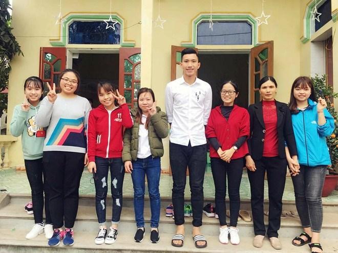 U23 Việt Nam ăn diện thế nào để đi chúc Tết, đón tiếp khách ngày đầu Xuân?