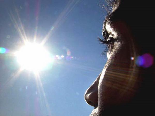 4 công thức tự làm mặt nạ nha đam ngay tại nhà giúp nàng dưỡng da hiệu quả - Hình 3