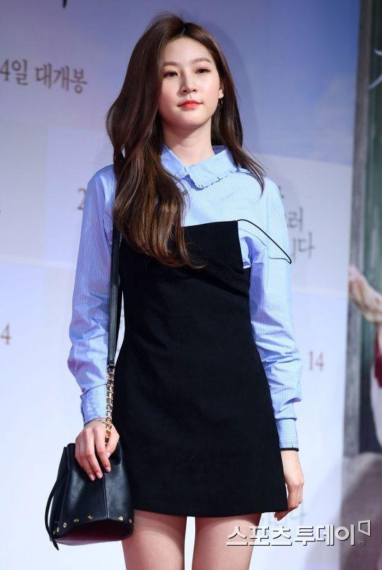 Sự kiện khủng toàn sao hạng A siêu hot: Yoona bị nữ thần và sao nhí vượt mặt, Song Joong Ki âm thầm đến cùng Park Bo Gum - Hình 13
