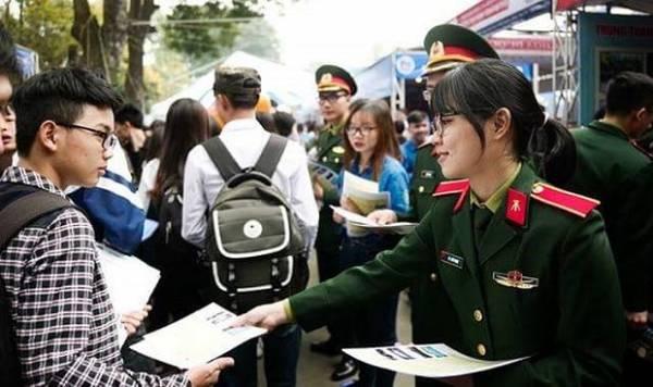 Tuyển sinh quân đội 2018: Dự báo điểm chuẩn các trường tốp đầu vẫn cao? - Hình 1