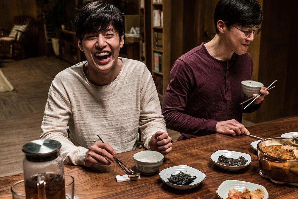Forgotten của Kang Ha Neul: Khi yếu tố gây sốc là con dao hai lưỡi - Hình 8