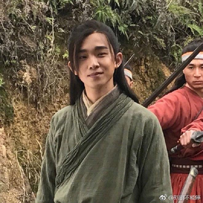 Lệnh Hồ Xung 2018 điển trai, diễn non nớt, bị la ó - Hình 5