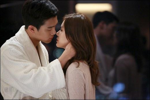 Điểm mặt &'hội bạn trai' màn ảnh của &'chị đẹp' Son Ye Jin - Hình 66