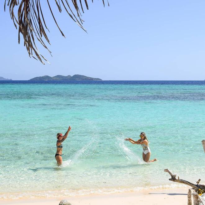 Coron – đảo thiên đường đẹp không thua Maldives của Philippines - Hình 4