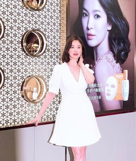 """Song Hye Kyo tại sự kiện hôm nay: Chưa cần ảnh HD """"căng đét"""" đã đẹp khó tin đến nhường này - Hình 7"""