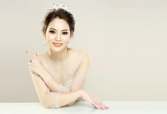 Á hậu doanh nhân Hoàng Yến: Các cô gái nên hãnh diện khi bị gạ tình - Hình 9