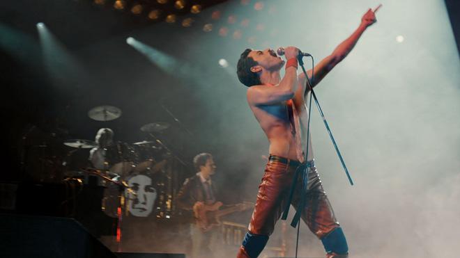 Nổi da gà nghe lại kiệt tác rock-guitar hay nhất mọi thời đại trong phim Bohemian Rhapsody - Hình 5