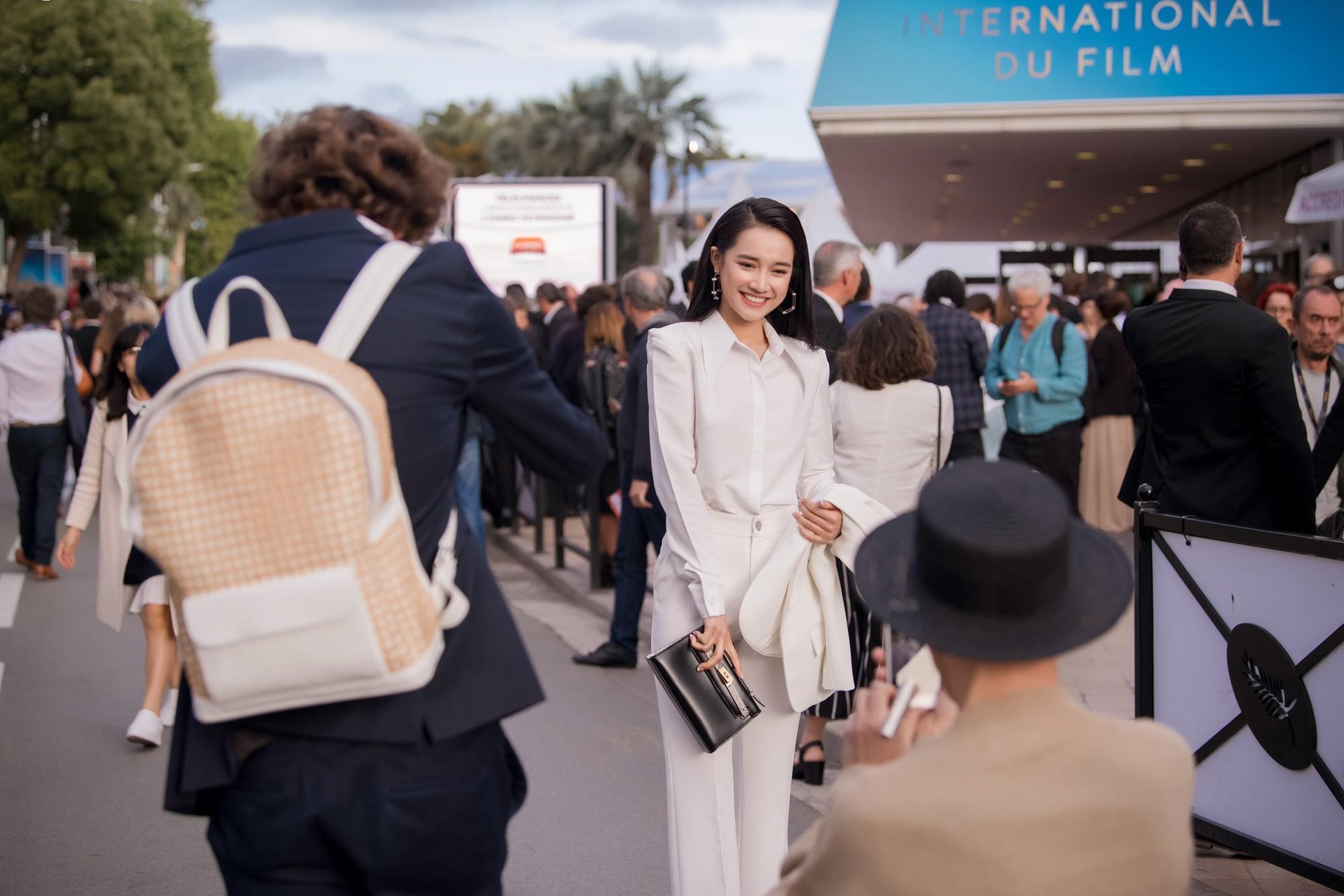 Phim ngắn do Nhã Phương đầu tư và đóng chính được trình chiếu ở LHP Cannes 2018 - Hình 11