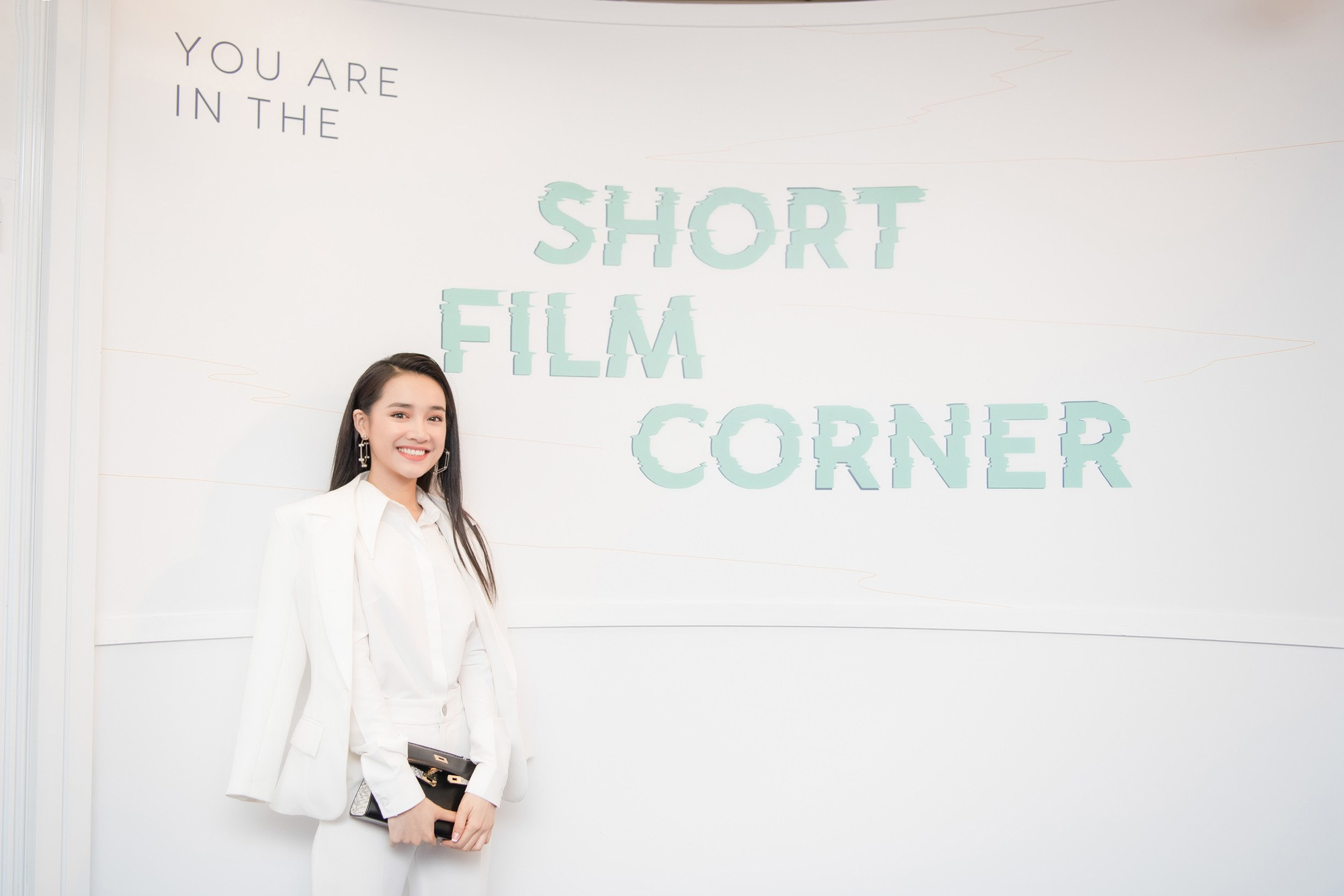Phim ngắn do Nhã Phương đầu tư và đóng chính được trình chiếu ở LHP Cannes 2018 - Hình 8